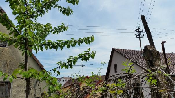 033 Chemtrails über Enzberg 12.30 Uhr 09.05.16
