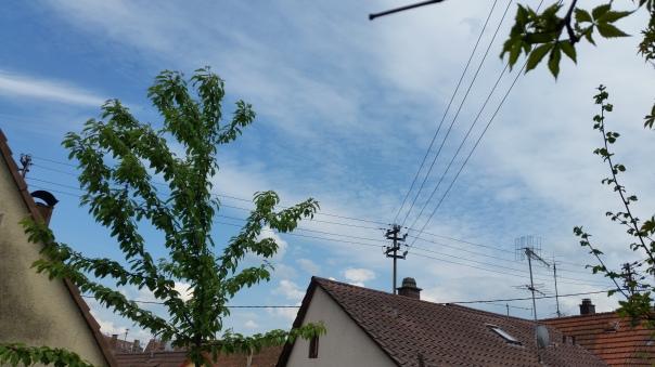 065 Chemtrails über Enzberg 15.35 Uhr 09.05.16