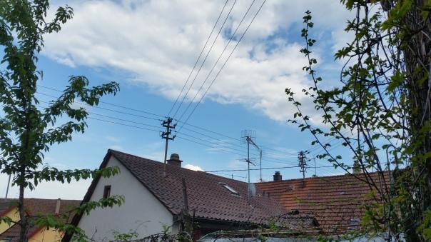 080 Chemtrails über Enzberg 17.15 Uhr 09.05.16