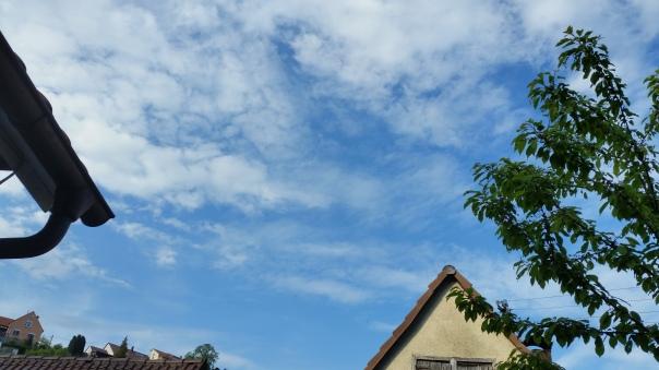 091 Chemtrails über Enzberg 18.30 Uhr 09.05.16