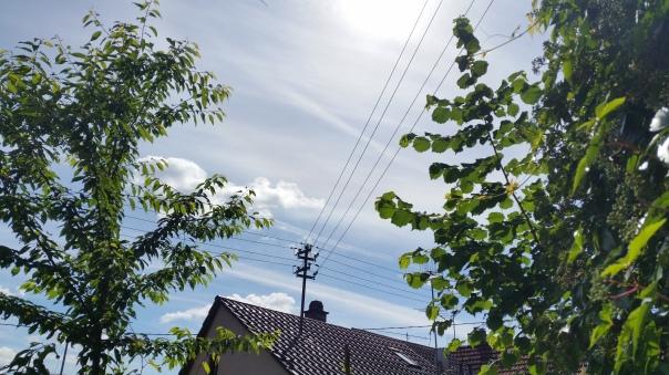 100 Himmel über Enzberg Chemtrails am 27.06.16 10.27 Uhr