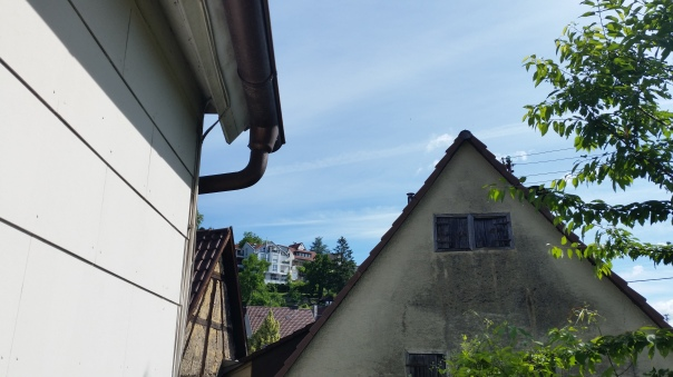 101 Himmel über Enzberg Chemtrails am 27.06.16 10.27 Uhr